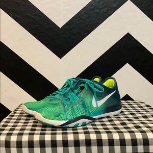 Nike women's free TR 6